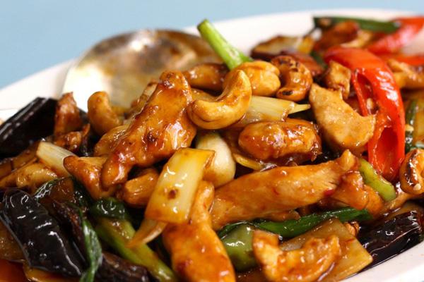 Một số món ăn ngon làm từ hạt điều dễ làm tại nhà